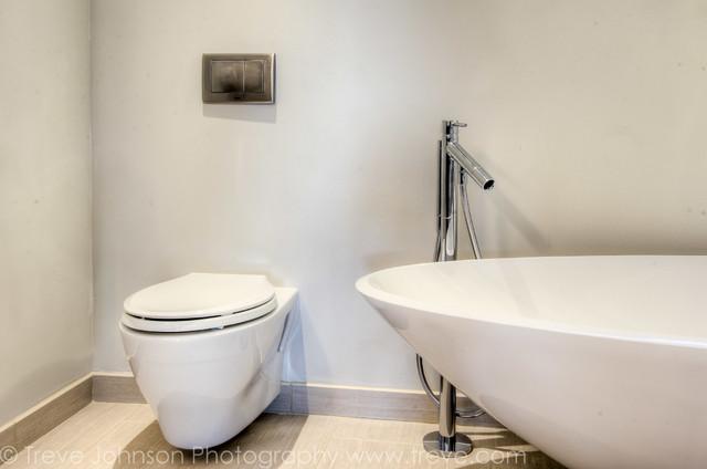 Berkeley Hills Remodel contemporary-bathroom