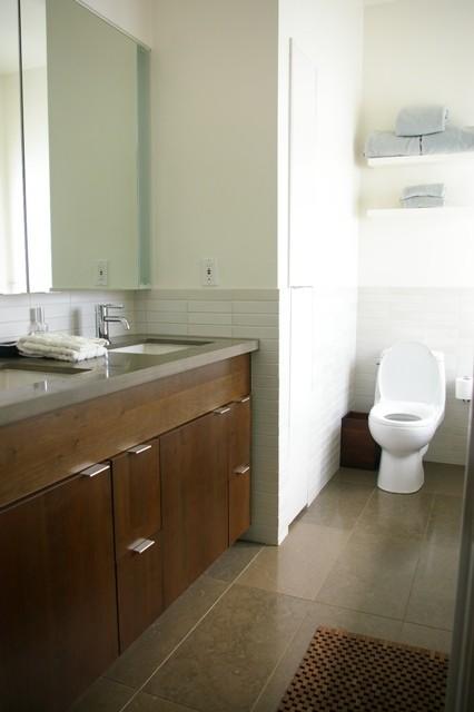 Bernal modern-bathroom