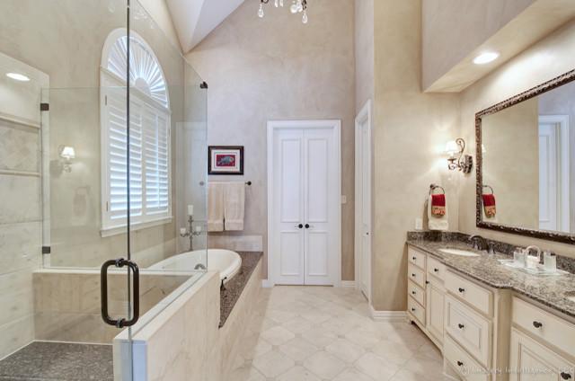 Berwyn traditional-bathroom