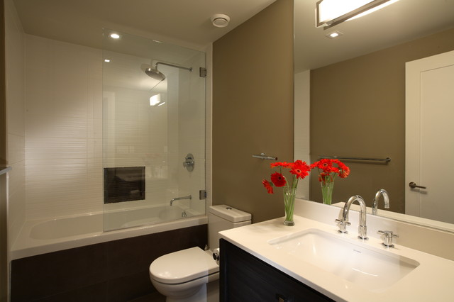 Best Builders ltd contemporary-bathroom