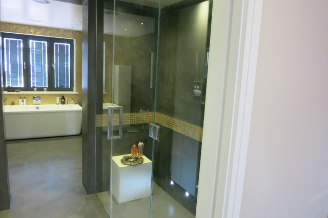 beton cire designer walk in shower steam room and bathroom. Black Bedroom Furniture Sets. Home Design Ideas