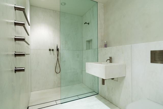 b ton cir white bathroom walls minimalistisch badezimmer london von modern home solutions. Black Bedroom Furniture Sets. Home Design Ideas