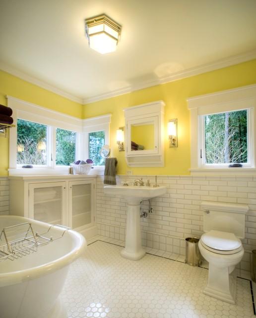 Betty Lu Cottage craftsman-bathroom