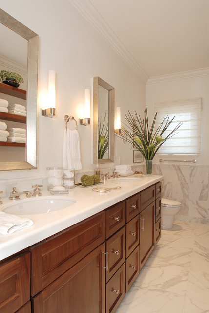 Beverly hills family dwelling traditional bathroom for Houzz bathrooms traditional
