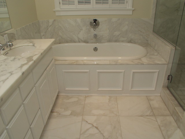 Bianco Calacatta Marble Bathroom Traditional Bathroom