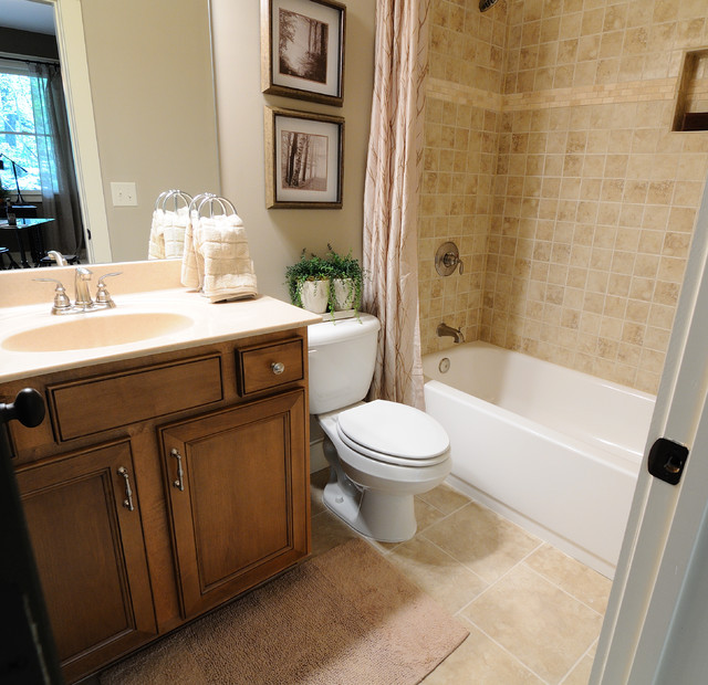 Bathroom: Big Canoe Model Homes