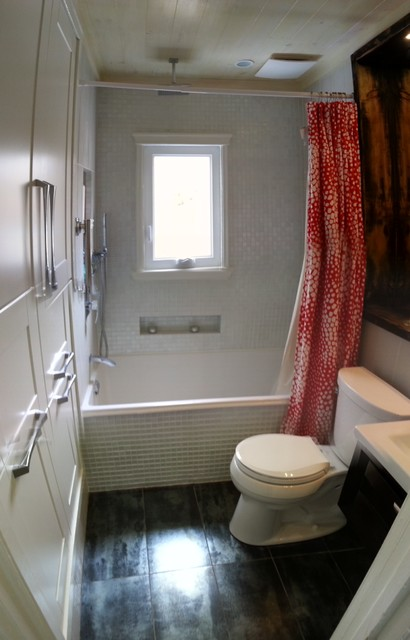 Billings Upstairs Bathroom Remodel Transitional Bathroom Toronto By Toronto Drafting Company