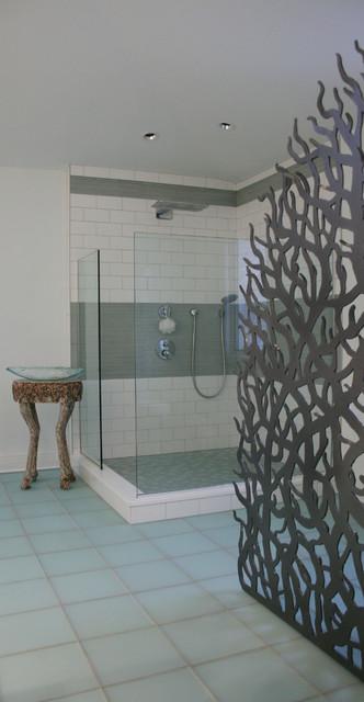 Bischoff Bathroom Privacy Screen - Contemporary - Bathroom - other ...