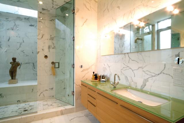 Bishop Street Residence contemporary-bathroom