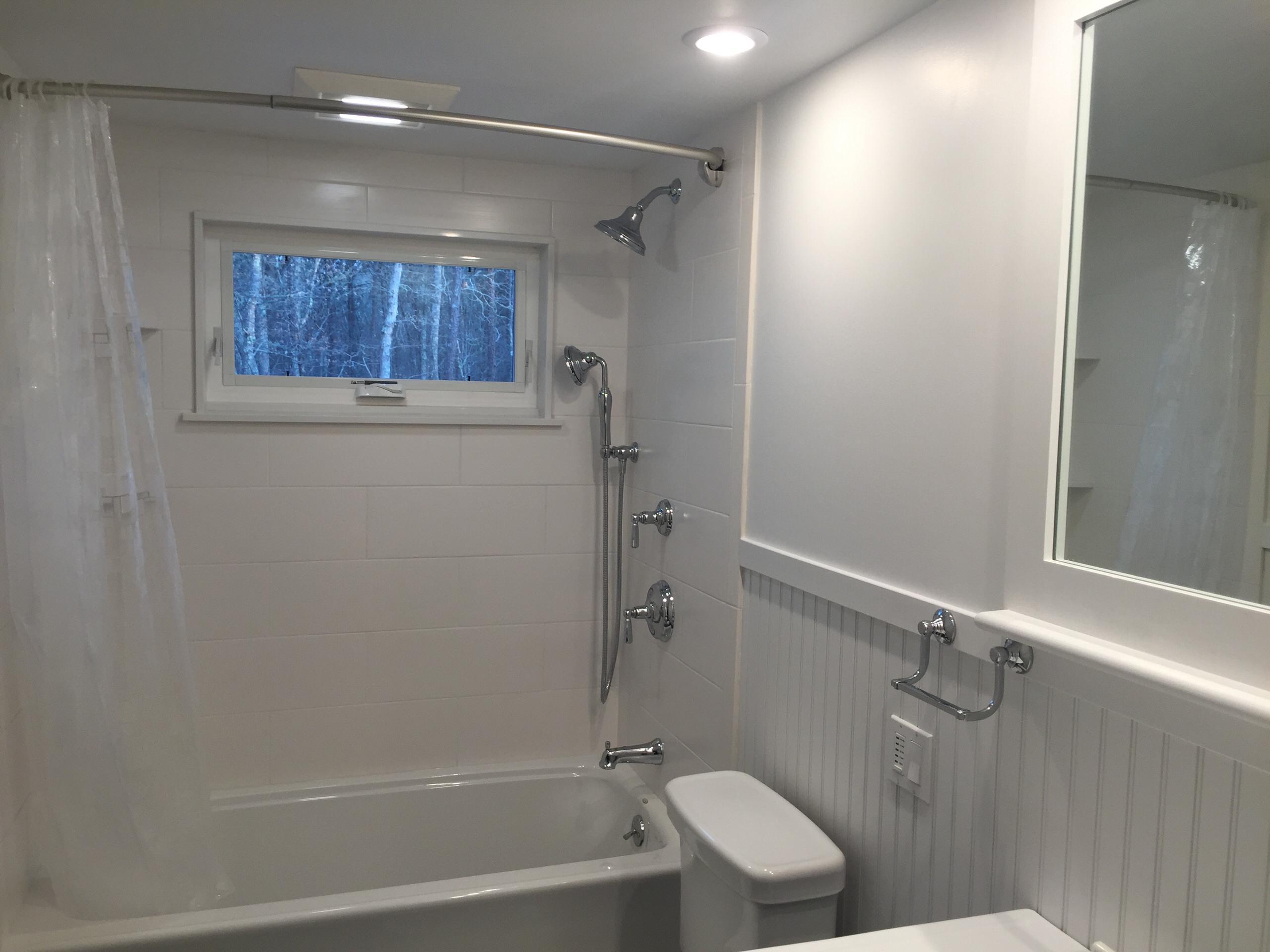 Black and White bathroom Mashpee