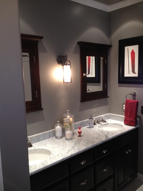 Black and White traditional-bathroom