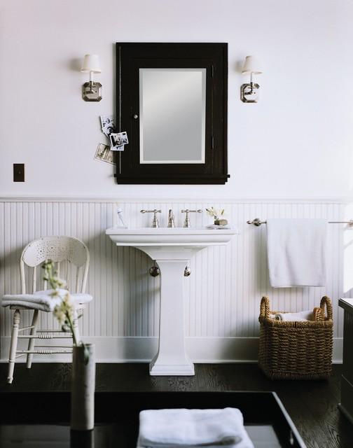 Black & White Farmhouse Bath traditional-bathroom