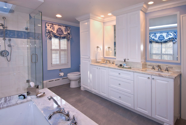 Blue Beauty Traditional Bathroom Chicago By Ddk Kitchen Design Group