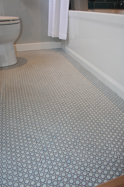 penny tiles bathroom blue rounds 13953