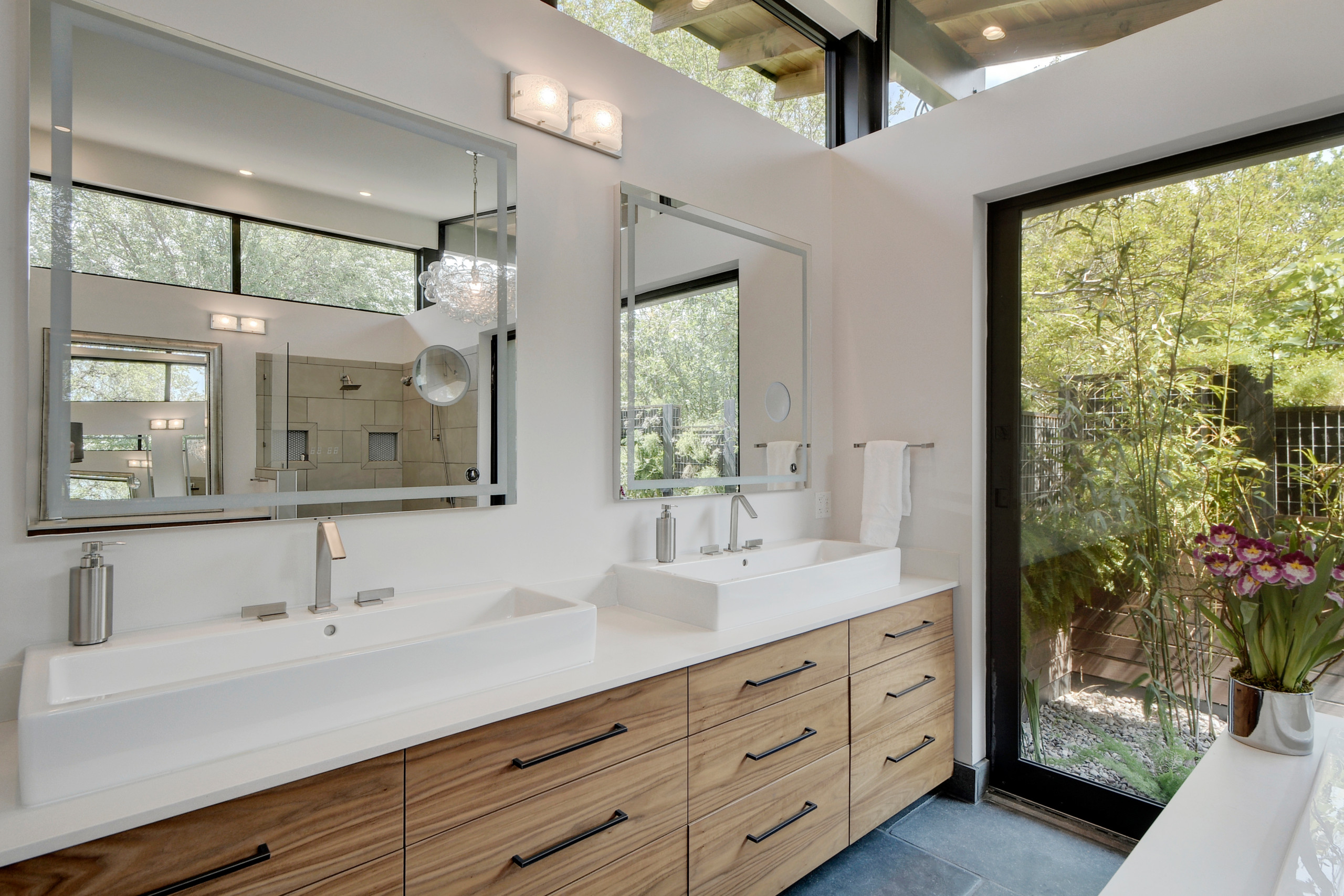 75 Beautiful Double Sink Bathroom Pictures Ideas February 2021 Houzz