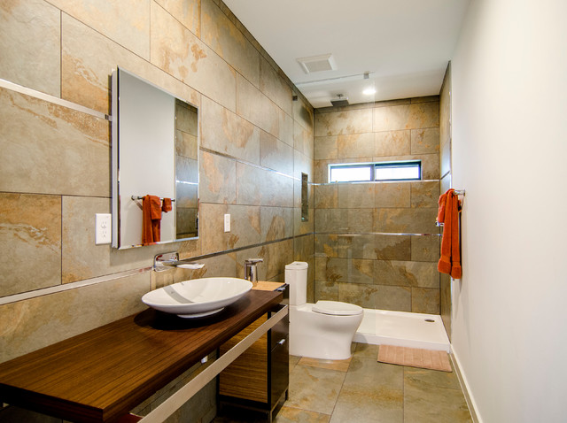 Bluffview contemporary-bathroom