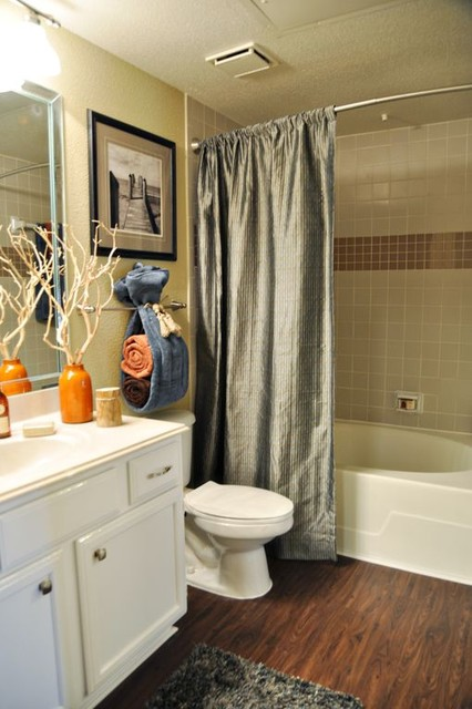 Bm model apartment contemporary bathroom houston for Bathroom ideas houston
