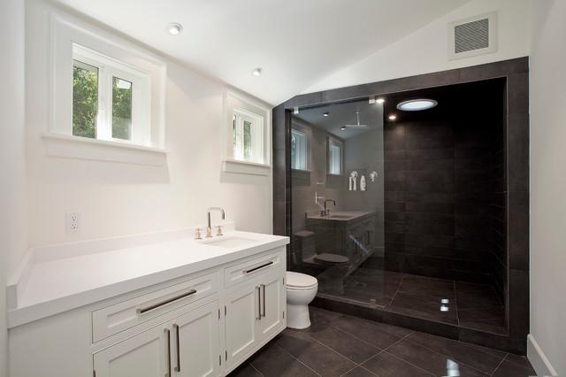 Boca De Canon House Contemporary Bathroom Los