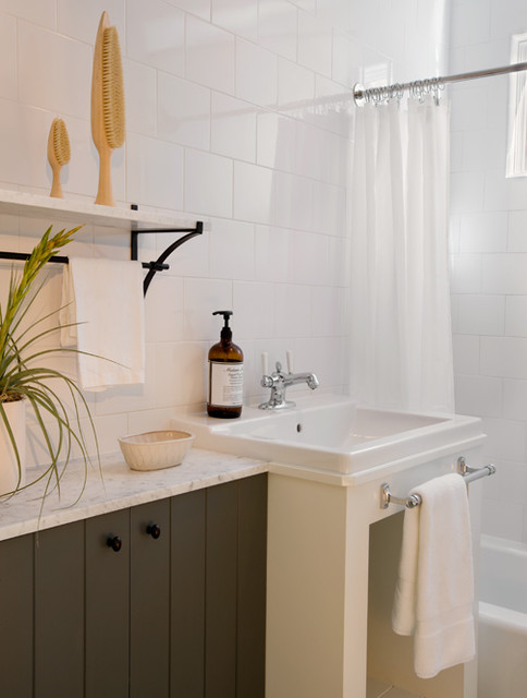 Bonnie Road Residence transitional-bathroom
