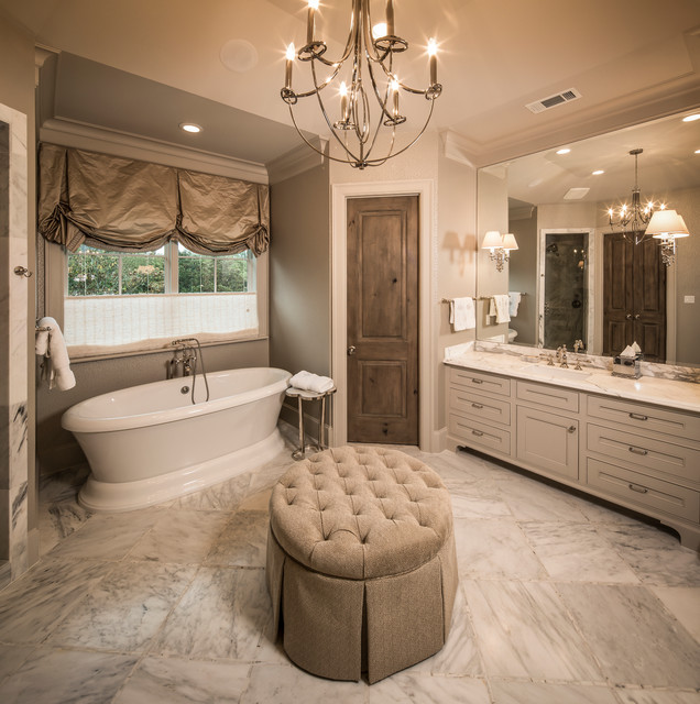 French Country Bathroom Flooring: By Thompson