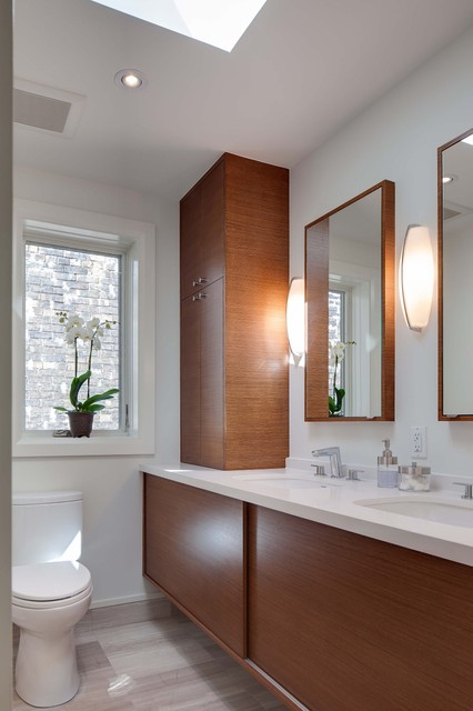 Boston Ave Modern Bathroom Toronto By Beauparlant