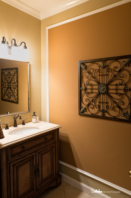 Bowie Beautiful! traditional-bathroom
