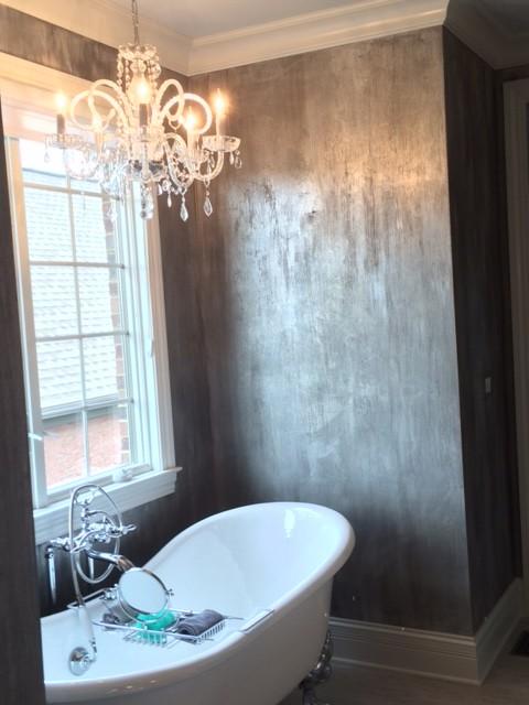 Ornate bathroom photo in Cincinnati