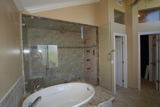 Brea Steam Shower W Oval Spa Tub W Coffee Bar Amp Walk In