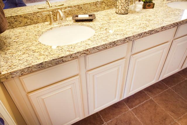 Breckenridge Plan - Stillwater Model Home traditional-bathroom