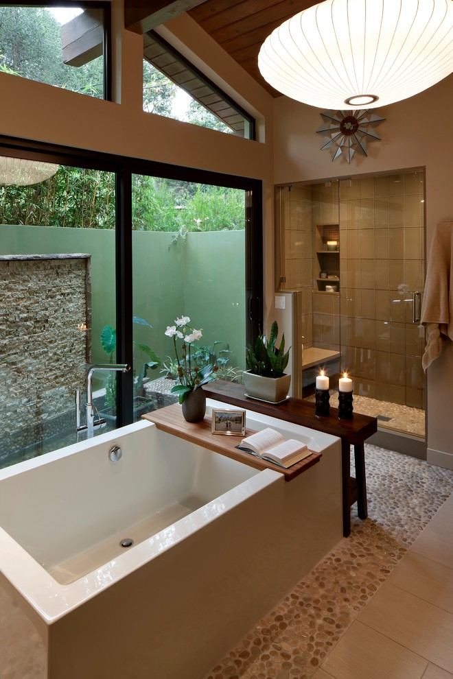 Mid-sized 1950s master brown tile and porcelain tile pebble tile floor bathroom photo in Los Angeles with beige walls