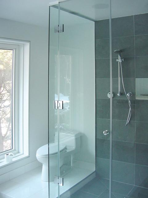 Bridal Path Residence contemporary-bathroom