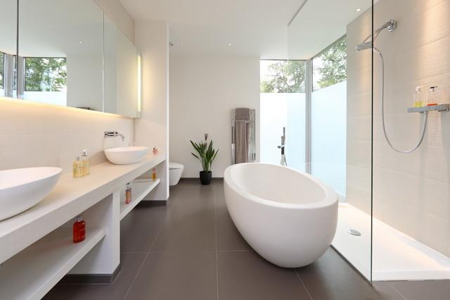 Vasca Da Bagno Bassa : Parla l esperto le regole d oro per arredare un bagno