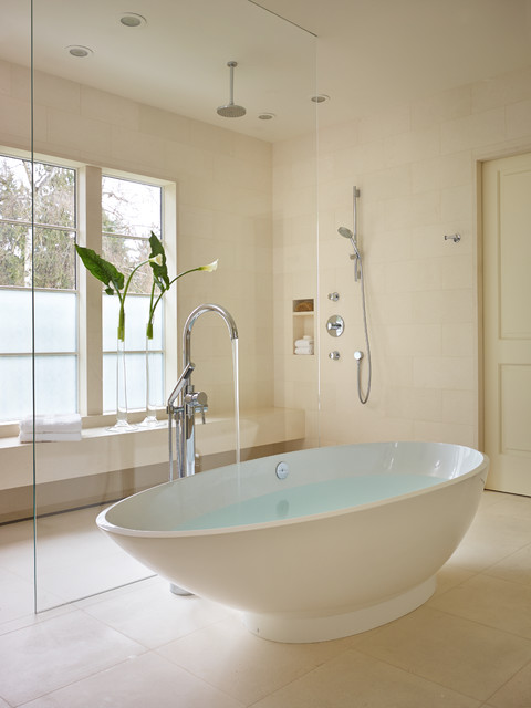 Broadmoor transitional-bathroom