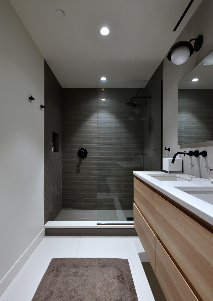 Broadway Brooklyn Renovation - Modern - Bathroom - New ...