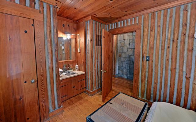 Broadway lake anderson sc custom homes rustic for Custom home builders anderson sc