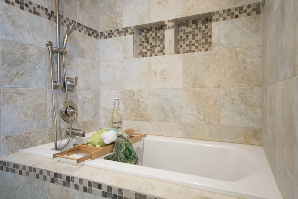 Example of a transitional bathroom design in Portland