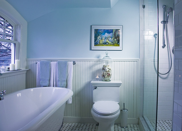 Brooklyn victorian traditional bathroom new york for Traditional bathroom designs