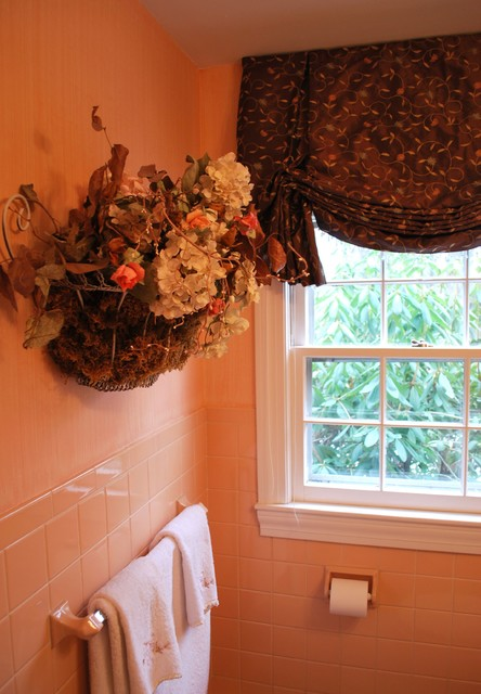 Brown floral london shade updates a peach bathroom Peach bathroom