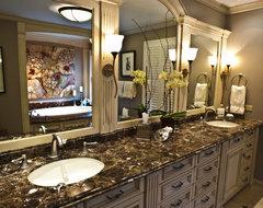 Brownhouse Design traditional-bathroom