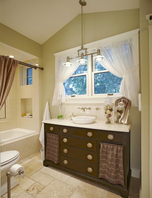 Bruce Graf traditional-bathroom
