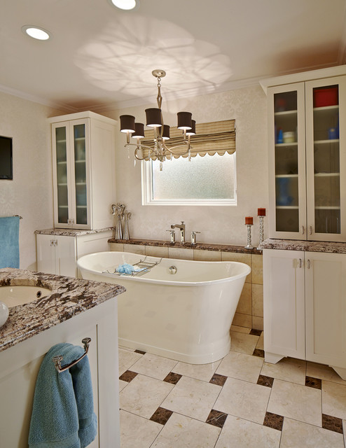 Bruce graf traditional bathroom dallas by graf for Graf custom homes