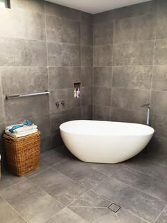 75 Badezimmer Mit Schieferfliesen Und Kalkstein Waschbecken Waschtisch Ideen Bilder Februar 2021 Houzz De
