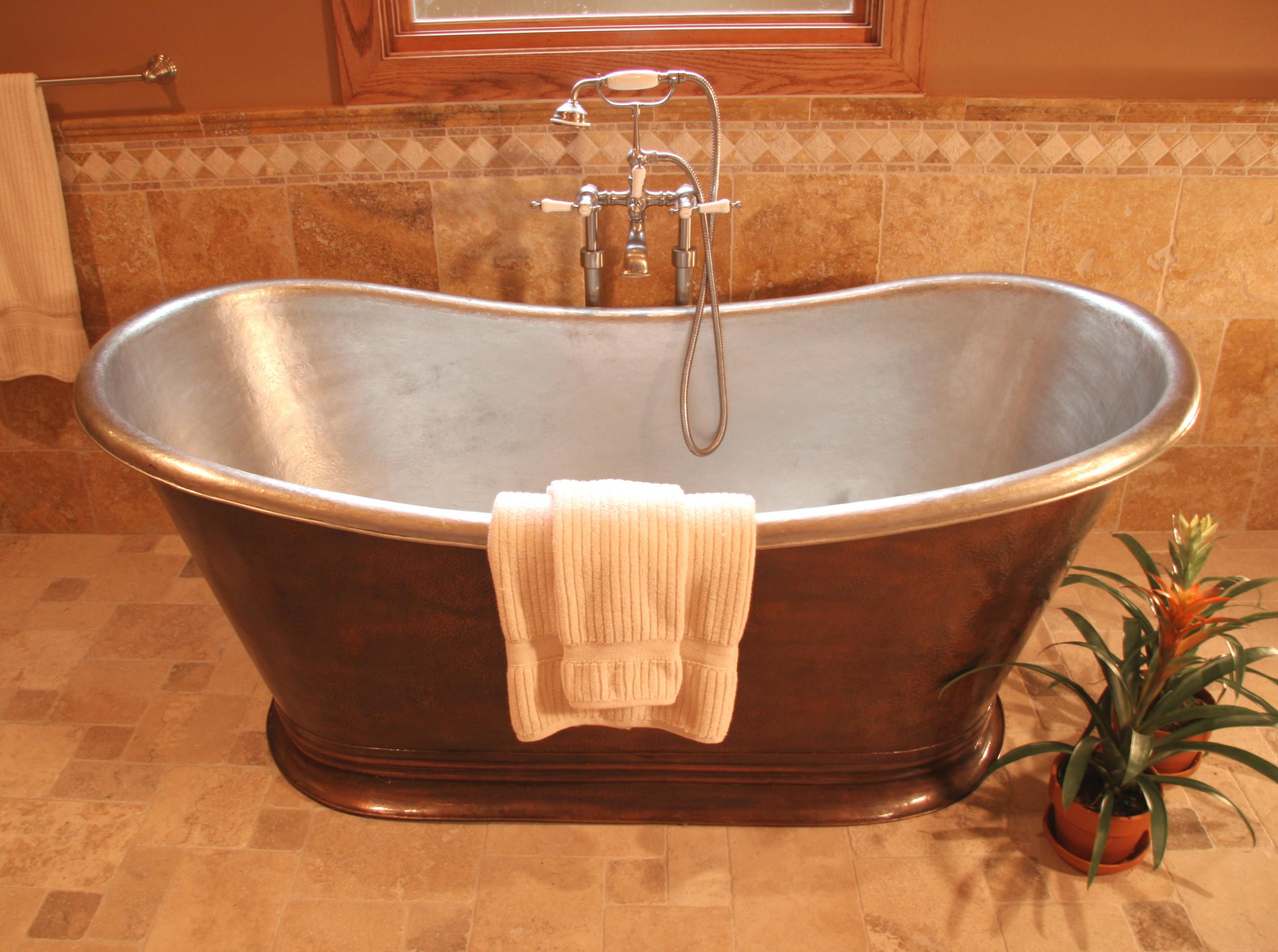 Bungalow Bath - Copper Tub Detail