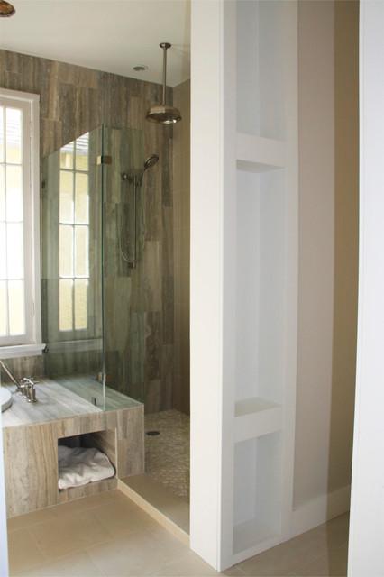 Bungalow contemporary-bathroom
