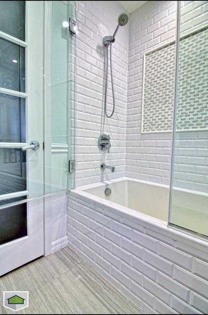 Burbank contemporary-bathroom