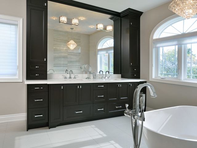 burlington complete home remodel classique chic salle de bain toronto par atd. Black Bedroom Furniture Sets. Home Design Ideas
