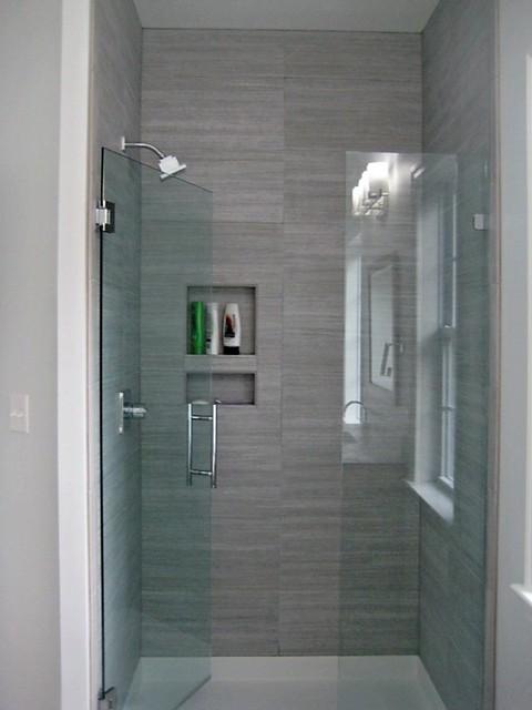 by Lynn Dalby modern-bathroom