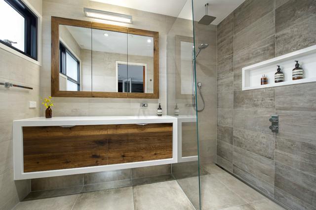Byron Street North Melbourne Modern Bathroom Melbourne By Bubbles Bathrooms