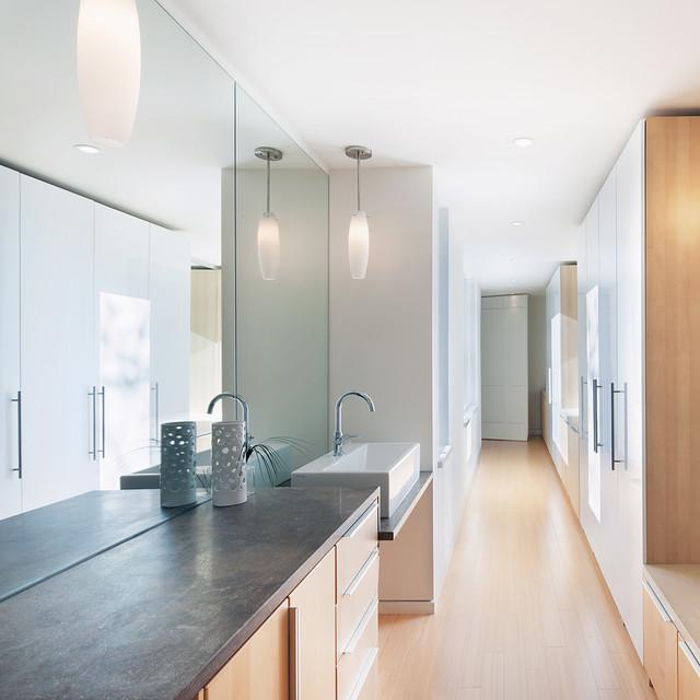 Cabinets And Custom Millwork Modern Bathroom Ottawa