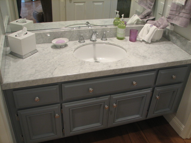 Calabasas Home Remodel-Grey and White Guest Bath/Carrera marble - Traditional - Bathroom - los ...